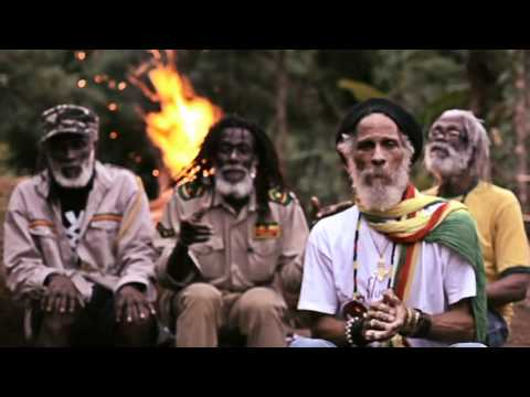Novo Dia – Ponto de Equilíbrio feat. The Congos