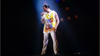 Video First Look: Rami Malek As Freddie Mercury MP3, 3GP, MP4, WEBM, AVI, FLV Mei 2018