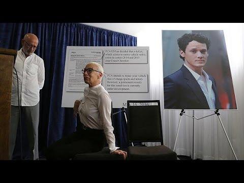 ΗΠΑ: Μήνυση κατά της Κράισλερ από τους γονείς του ηθοποιού Άντον Γέλτσιν