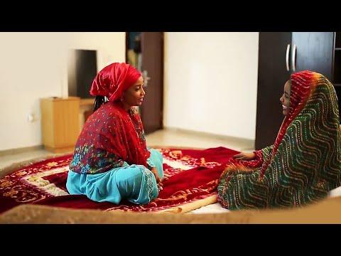 matana abokai ne mafi kyau idan ban tafi ba kuma abokan gaba idan ina kusa - Hausa Movies 2020