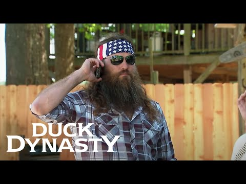 Duck Dynasty: Willie's Urgent Phone Call to Godwin (Season 6, Episode 9) | Duck Dynasty