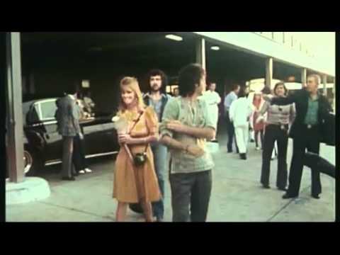 Tekst piosenki Paul McCartney - Listen to what the man said po polsku