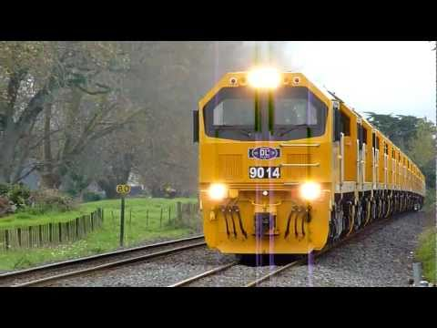 New KiwiRail DL Locomotives Delivery Run - Buckland