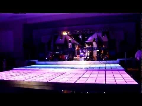 Sal n terranova vip watch the video for Salon villa jardin cuautitlan izcalli