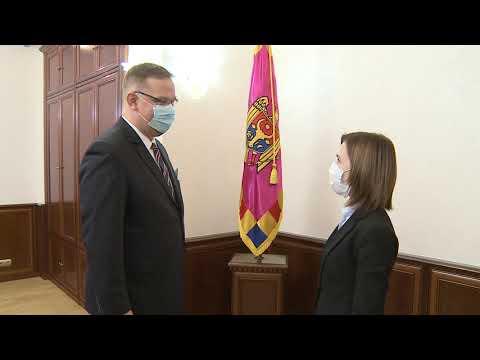 Президент Республики Молдова Майя Санду встретилась сегодня с Послом Республики Польша в Республике Молдова Бартоломеем Жданюк
