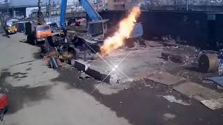 Video Insiden yang tak disangka !!!!! Bahaya mengintai di lokasi kerja MP3, 3GP, MP4, WEBM, AVI, FLV Desember 2018