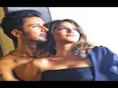 Video Sunny Leone's  Hot Intimate Uncensored Scene With  Rajneesh Duggal  in Beimaan Love download in MP3, 3GP, MP4, WEBM, AVI, FLV January 2017