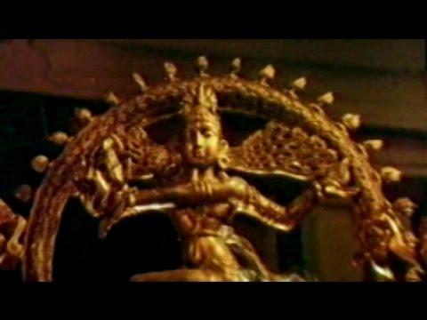 Swarnamukhi Movie || Yedamma Venna Donga Video Song || Suman, Sai Kumar, Sangavi