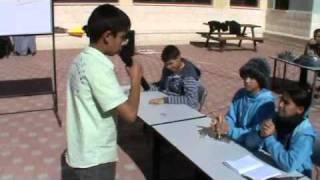 طلاب الصف السادس يقدمون مسرحية