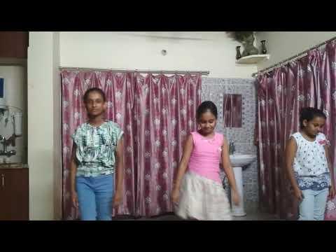 Download Kala Chashma Baar Baar Dekho Wedding Dance Video 3gp Mp4