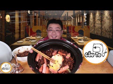 Gấu Ơi Ăn Gì !!! | Mì Tương Đen Hàn Quốc Siêu Cấp Cổ Vũ Tuyển Việt Nam | Gấu To - Thời lượng: 11 phút.