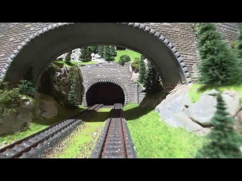 Pienen junan matkassa – Mahtava pienoismalli!