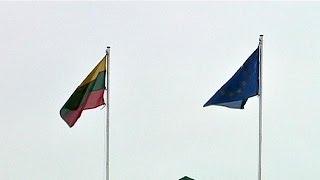 Lituânia adere ao euro a 1 de janeiro