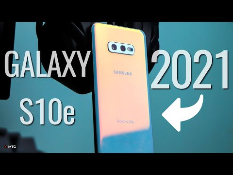 3 Reasons Why You Should BUY The Samsung Galaxy S10e In 2021!