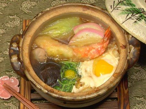 How to Make Nabeyaki Udon Noodles (Hot Pot Recipe) 鍋焼きうどん 作り方レシピ