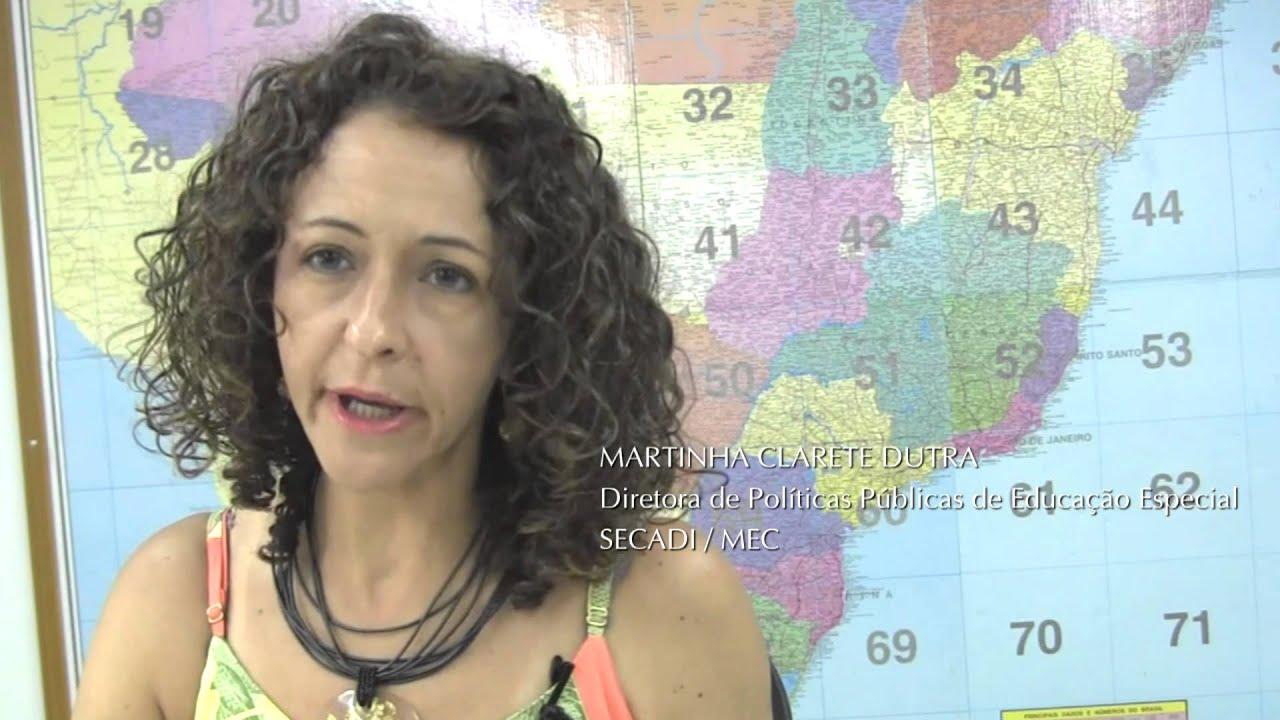 Imagem do vídeo mostrando a Martinha Clarete Dutra