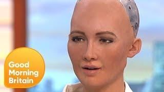 Humanoid Robot Tells Jokes on GMB! | Good Morning Britain
