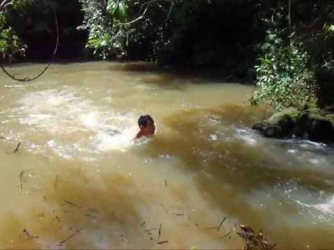 Down Lake com corda na cachoeira do Bicudo, Braúna SP