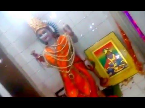 गुरुदेव की करू आरती , मन मं ध्यान लगाय क गुरुदेव का दर्शन सु यो जनम सफल हो जाय हैं।