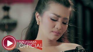 Video Fitri Carlina - Pujaan Hati (Official Music Video NAGASWARA) #music MP3, 3GP, MP4, WEBM, AVI, FLV Januari 2019