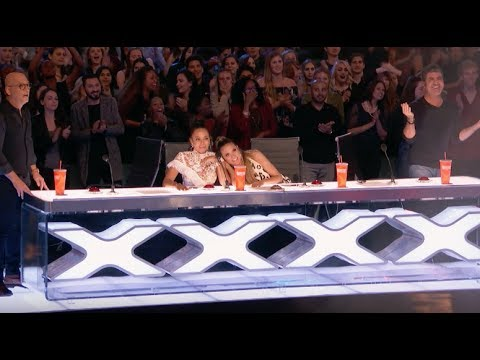 Demian Risks His Life Performing The Most Dangerous Act | Week 1 | AGT 2017 (видео)