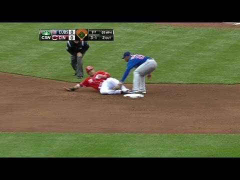Video: CHC@CIN: Navarro catches Votto trying to steal second