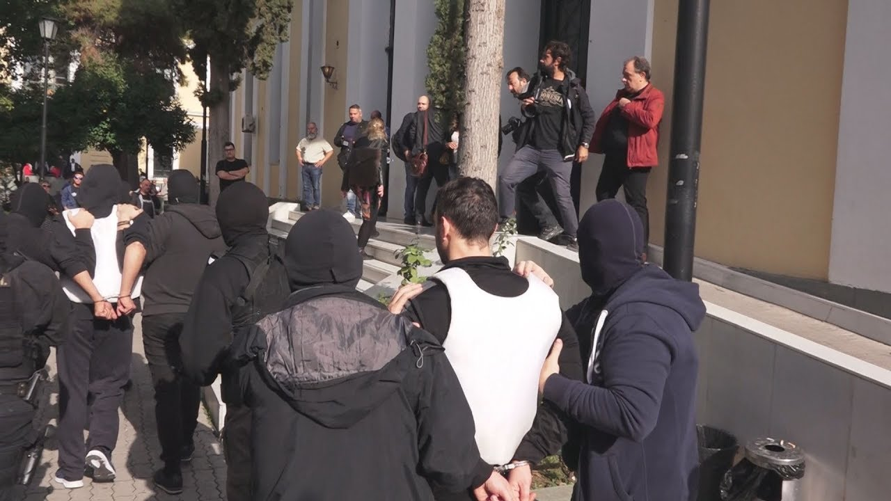 Απολογούνται οι συλληφθέντες για τρομοκρατία