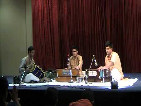 Video Sumant & Sushant Anantharam - Harmonium Concert (Carnatic Music) download in MP3, 3GP, MP4, WEBM, AVI, FLV January 2017