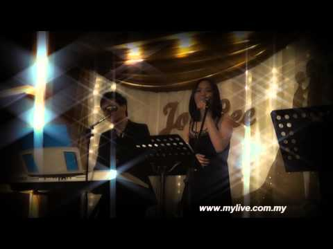 Malaysia Wedding Live Band [Mylive Entertainment] 城里的月光 covered by Eva Heui