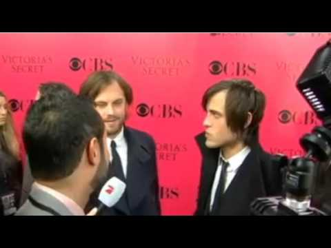Kings of Leon (Caleb & Jared Followill) at Victoria's Secret Pink Carpet ( ...