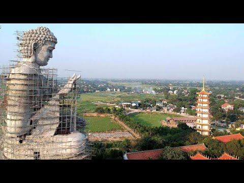 Hanoi: Die größte Buddha-Statue in Vietnam ist im Ents ...