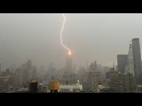 VIDEO: ¡Boom! Rayo golpea el Empire State
