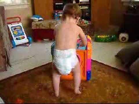 """ELLEN SHOWS """"CARROT BABY"""" ZOE BETH HAPPY DANCE! FUNNY!"""