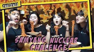 hai guys!!! kita balik lagi nih makan samyang yang super duper pedes banget silahkan di tonton dan di coba :D...
