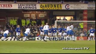 Tore André Flo trifft gegen Leicester