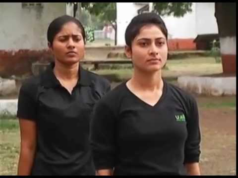 Video beautiful girl Soldiers training download in MP3, 3GP, MP4, WEBM, AVI, FLV January 2017