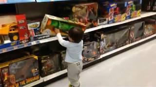 Özel efekt uzmanı olan babanın, oğluna yaptığı videolar/ActionMovieKid