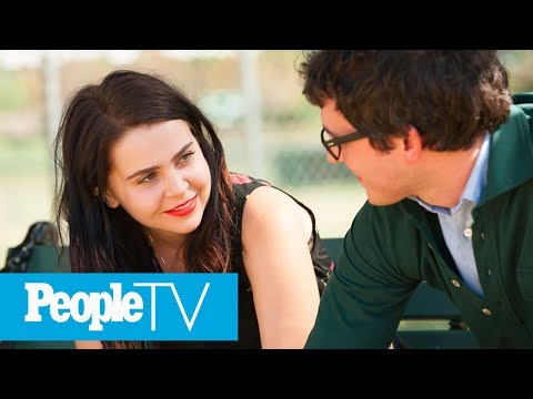 Mae Whitman Reveals Painful 'Parenthood' Improvised Scene | PeopleTV | Entertainment Weekly