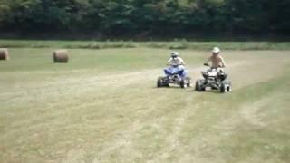 Video Honda TRX450R vs. Yamaha YFZ450 Drag Races MP3, 3GP, MP4, WEBM, AVI, FLV Mei 2017