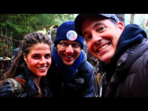 The 100 cast - Behind the scenes