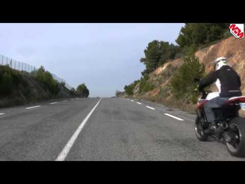 wheeling - La leçon de Steph : ce mois-ci le wheeling.