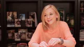 Emily Kinney (Beth Greene) The Walking Dead Interview