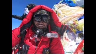 Giripremi's Everest 2012 and Lhotse-Everest 2013.(First Successful Civilian Expedition) (Marathi)