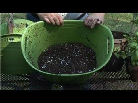 Herb Gardening : Potting Soil Herb Recipe