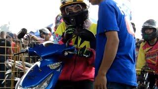 Video Heboh Wanita Berkerudung Cantik di Dragbike Cicangkal - Yulia Tangerang FULL HD MP3, 3GP, MP4, WEBM, AVI, FLV Agustus 2017