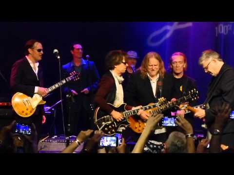 Miller, Bonamassa, Vai, Schon, Satriani, Haynes - I39m Tore Down - 6915 Les Paul Celebration