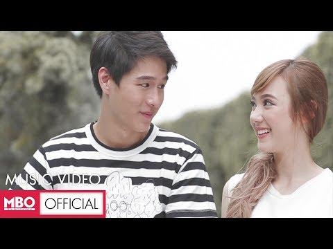 อาจเป็นเพราะ (Because of you) [MV] - พลอยชมพู