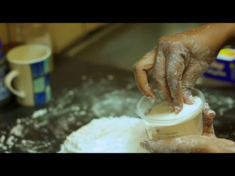 How to Make Fondant Icing (Tutorial)