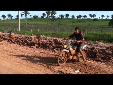 Amigos da lama  em Tufilandia