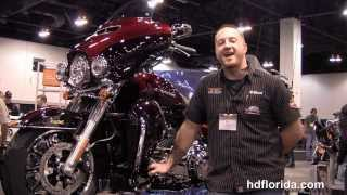 9. 2014 Harley Davidson FLHTK Ultra Limited Water Cooled Motorcycle - New Model Color